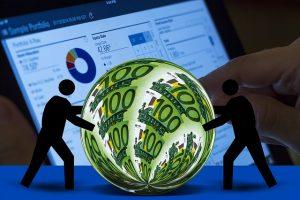 Valutazione del rischio finanziario tramite VAR